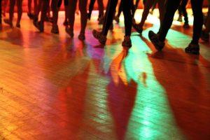 dance-971082_960_720